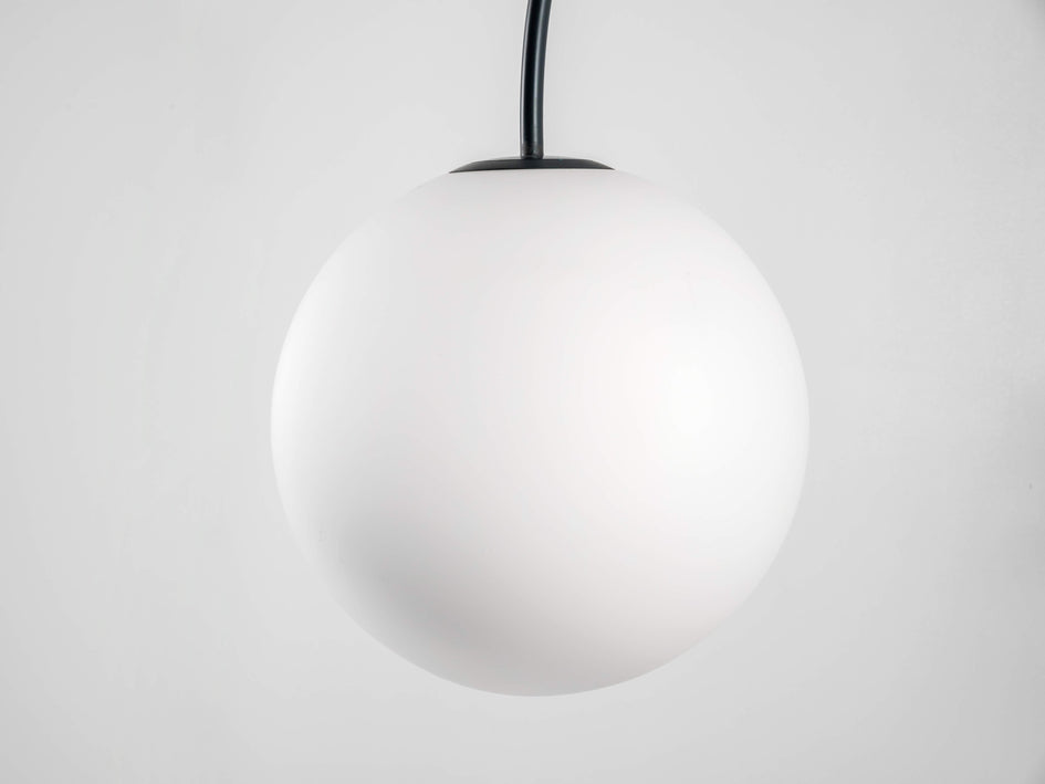 Curve wall light grey | shade | houseof.com