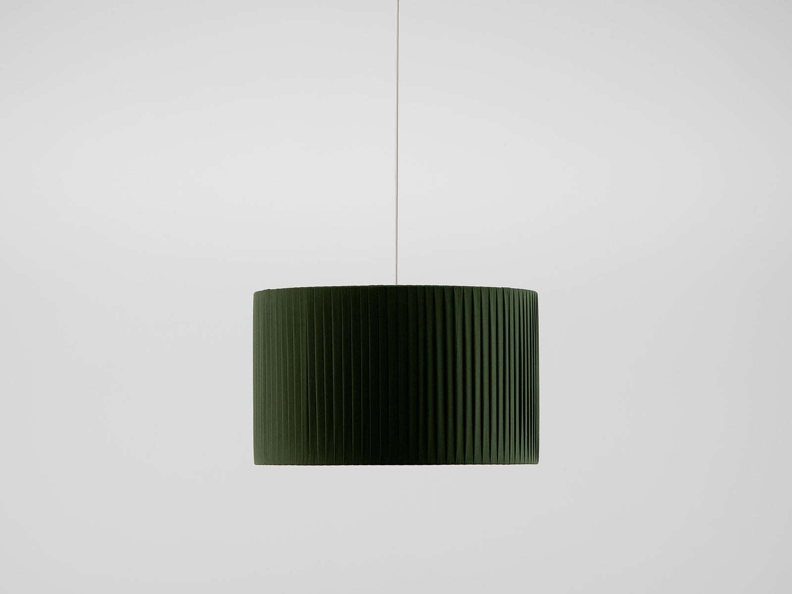 Pleated shade large olive | off | houseof.com