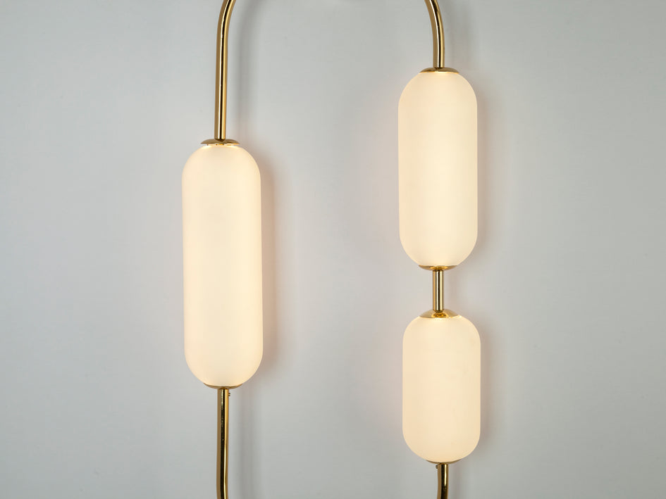Oval wall light brass | detail | houseof.com