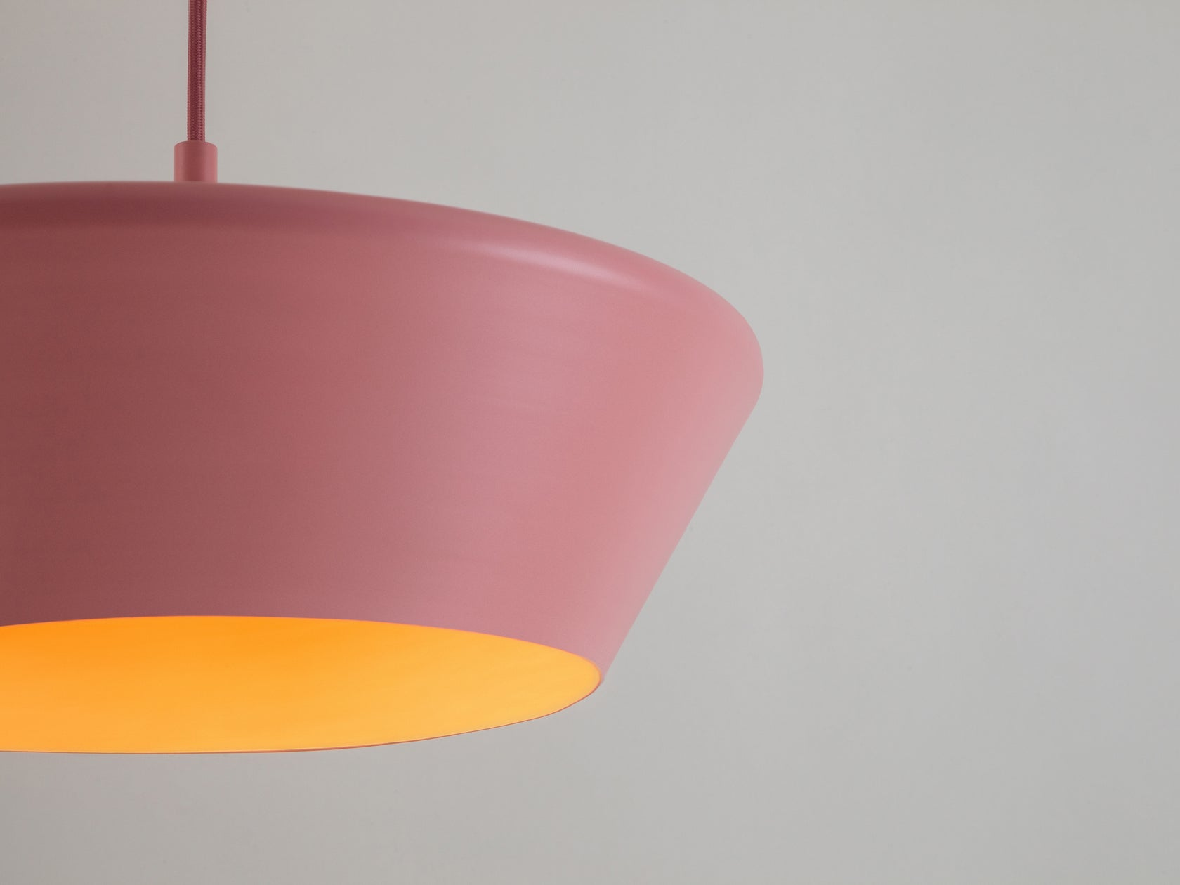 Wide metal diner pendant pink | zoom | houseof.com