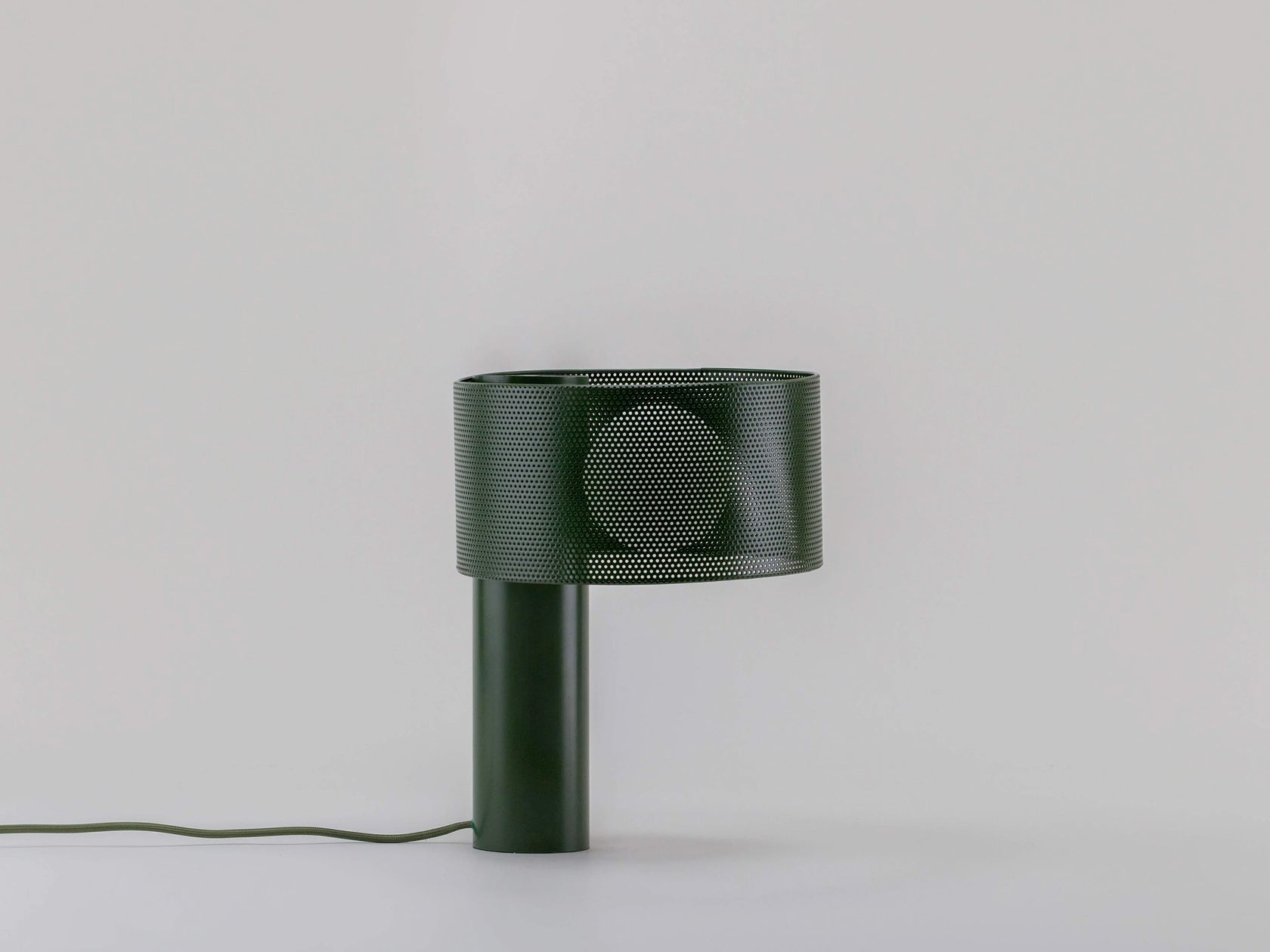 Olive green mesh table lamp