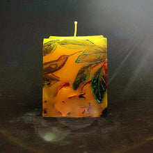 Load image into Gallery viewer, Tropical flower Scented candle Scented candle Candle Affair