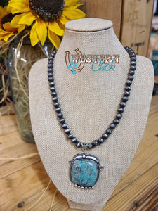 Navajo Pearl Necklace w/ Unique Turquoise Pendant Isac Trading