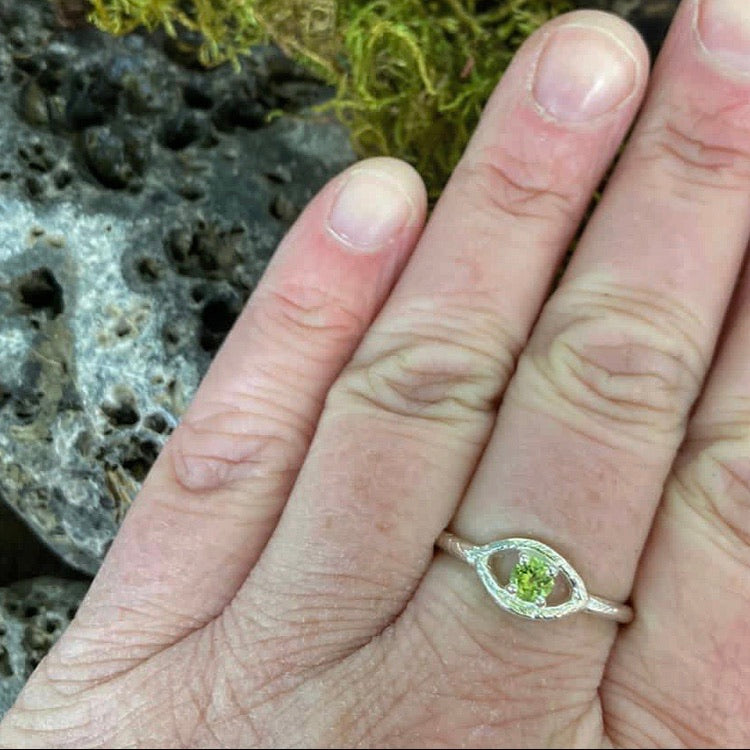 evil eye, peridot, eye ring, august birthstone
