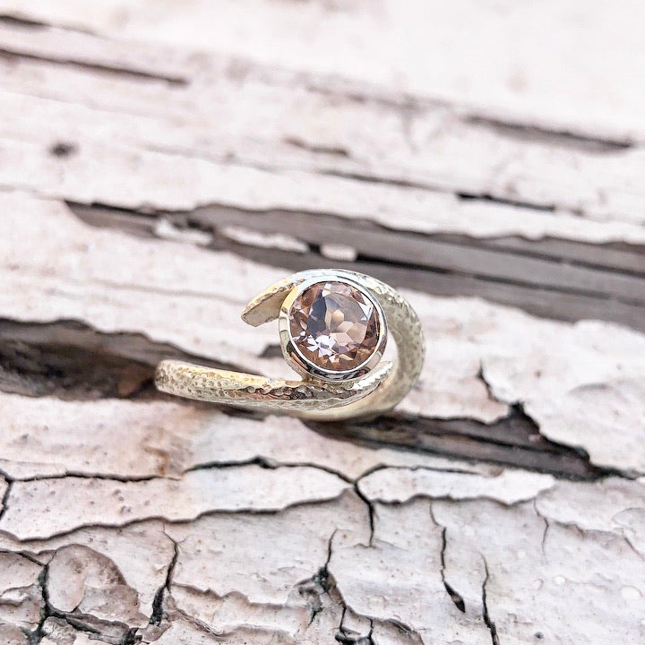White gold Morganite ring, White gold, morganite, ring, engagement ring, emrbace