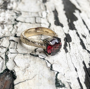 The Crimson Witch, Garnet ring, Mozambique garnet, Yellow gold, Statement ring, Engagement ring.