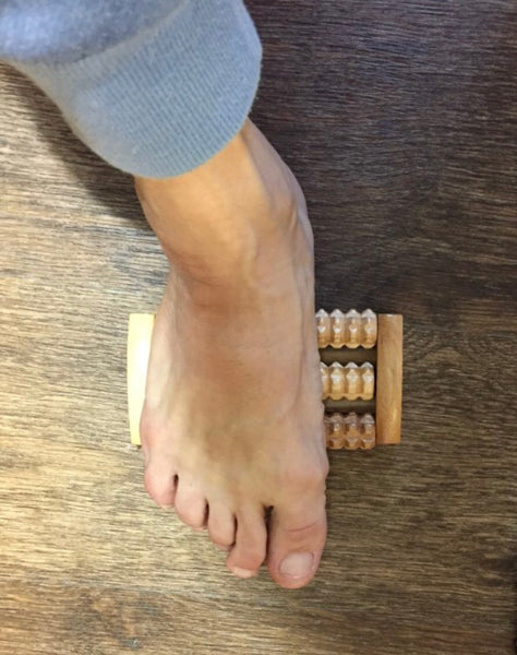 Traditional Foot Roller