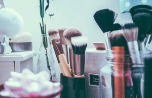 Guide to Choosing Makeup Brushes