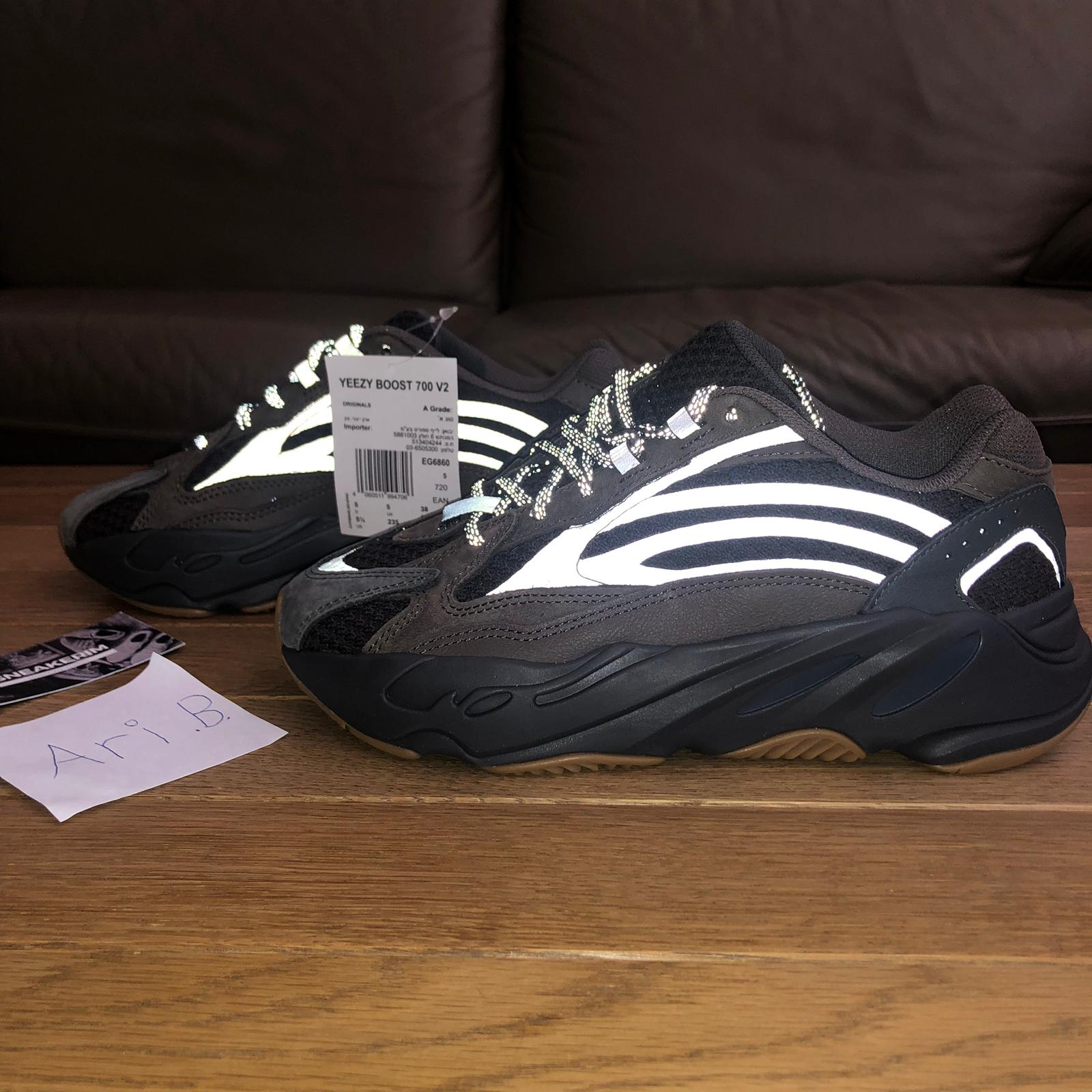 info for 4480f 28202 Yeezy 700 V2 Geode , Size 5.5 US , Ari Barzilay