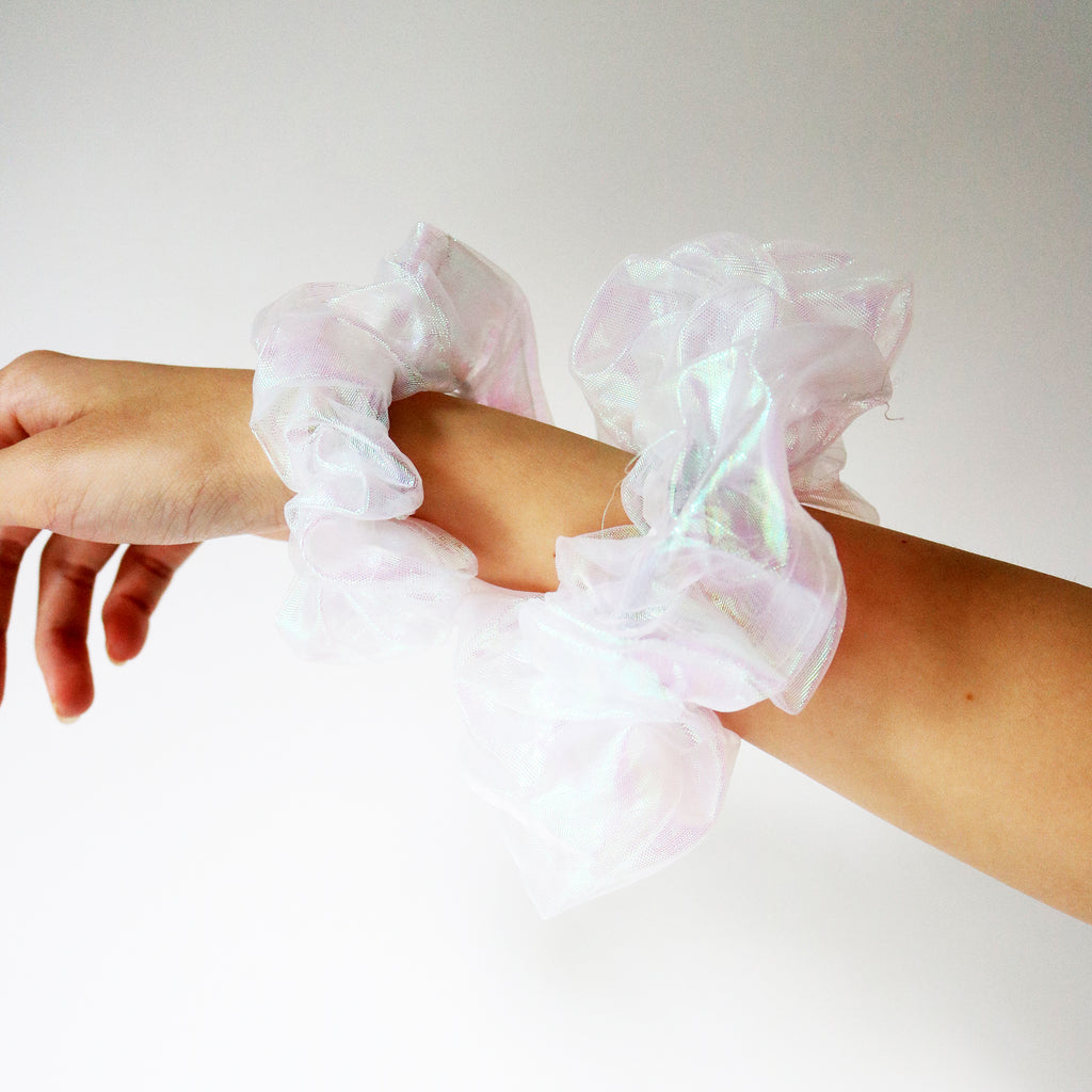Iridescent Scrunchie in Ivory