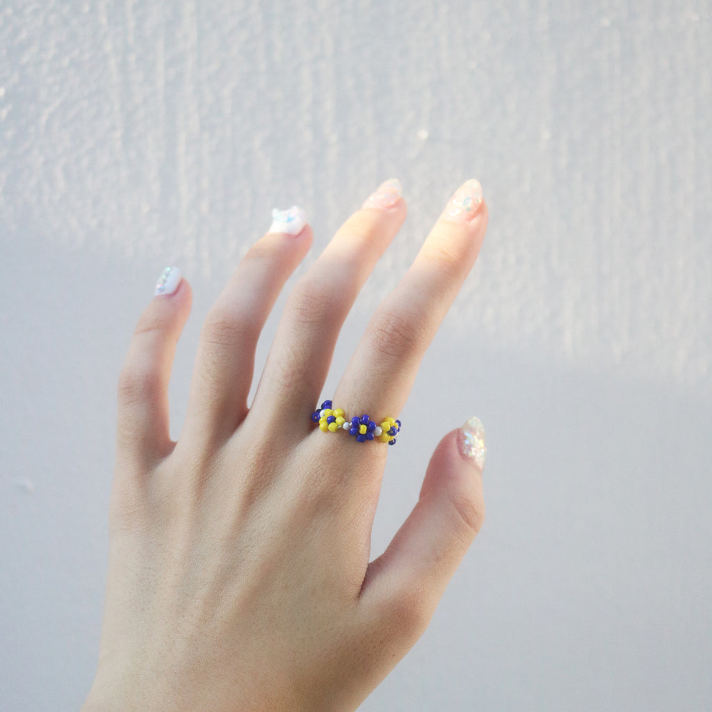 Garden Beaded Ring (Blue/Yellow)