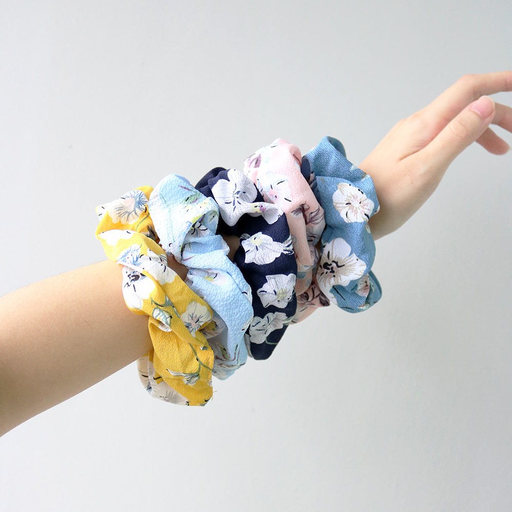 Lily Scrunchie in Blue