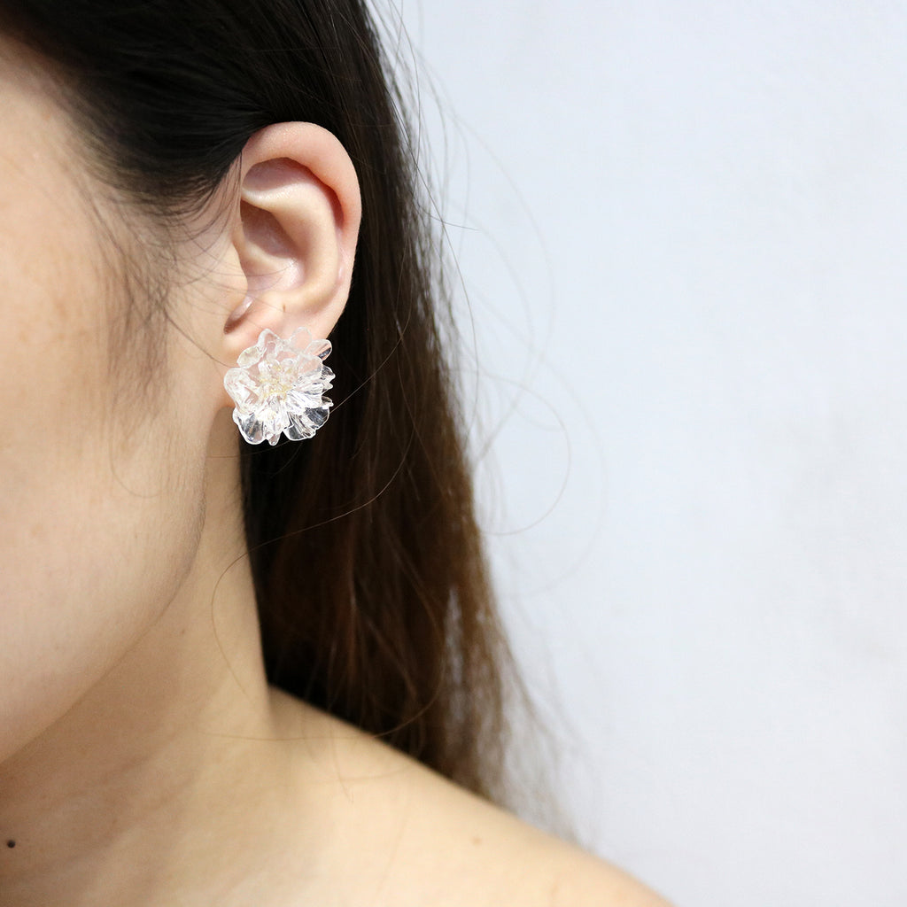 Carnation Studs in Clear
