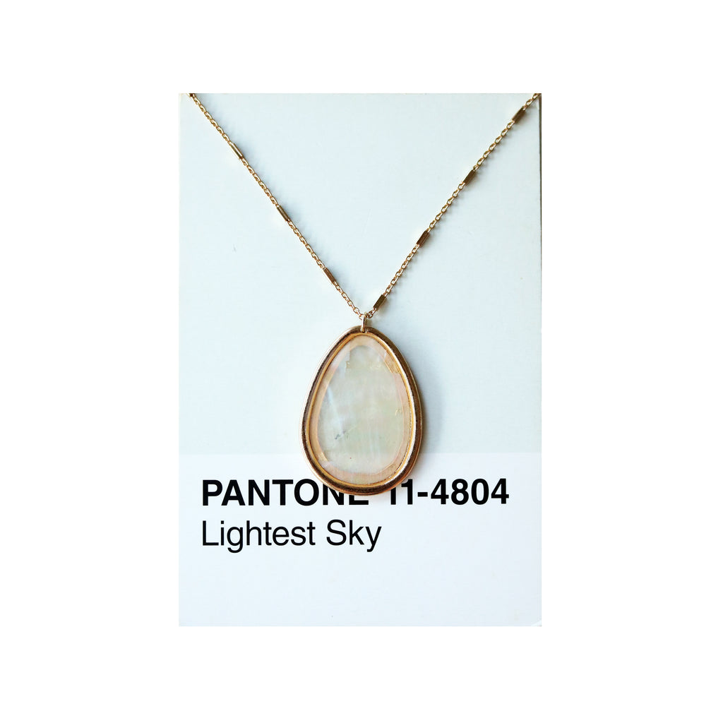 Oval Shell Long Necklace