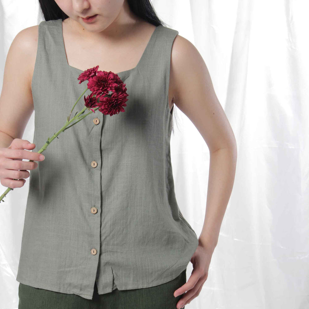 Linen Button Up in Sage