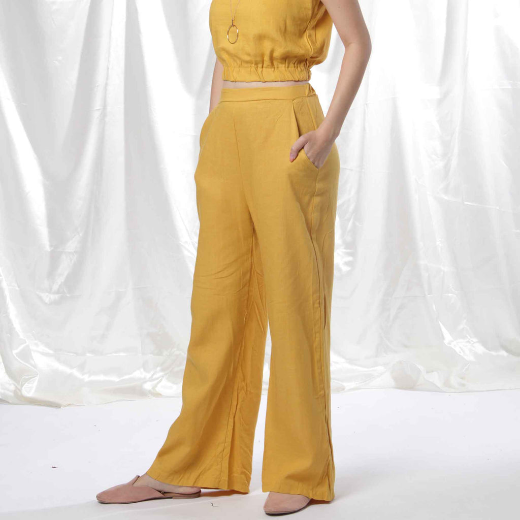 Relaxed Linen Pants in Mustard