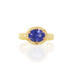 SAPPHIRE AND ROSE PRONG RING