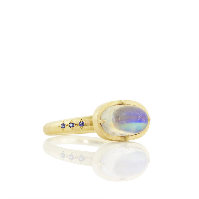 PRONG MOONSTONE RING WITH SAPPHIRES