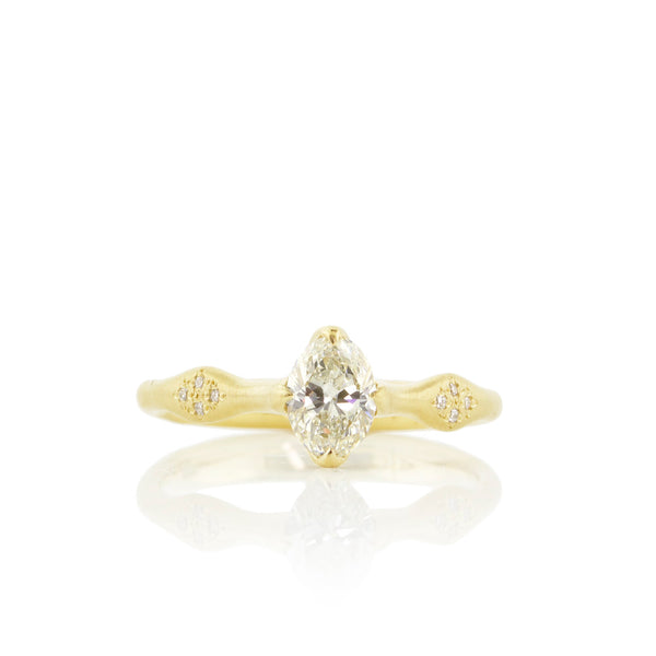 OVAL ROSEBUD SOLITAIRE