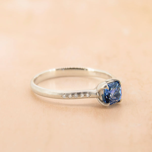 CUSHION SUCCESSION RING
