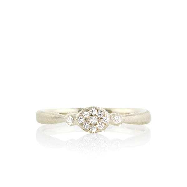 OVAL FLORET CHARM RING