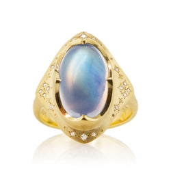 OVAL MOONSTONE STAR CROWN RING