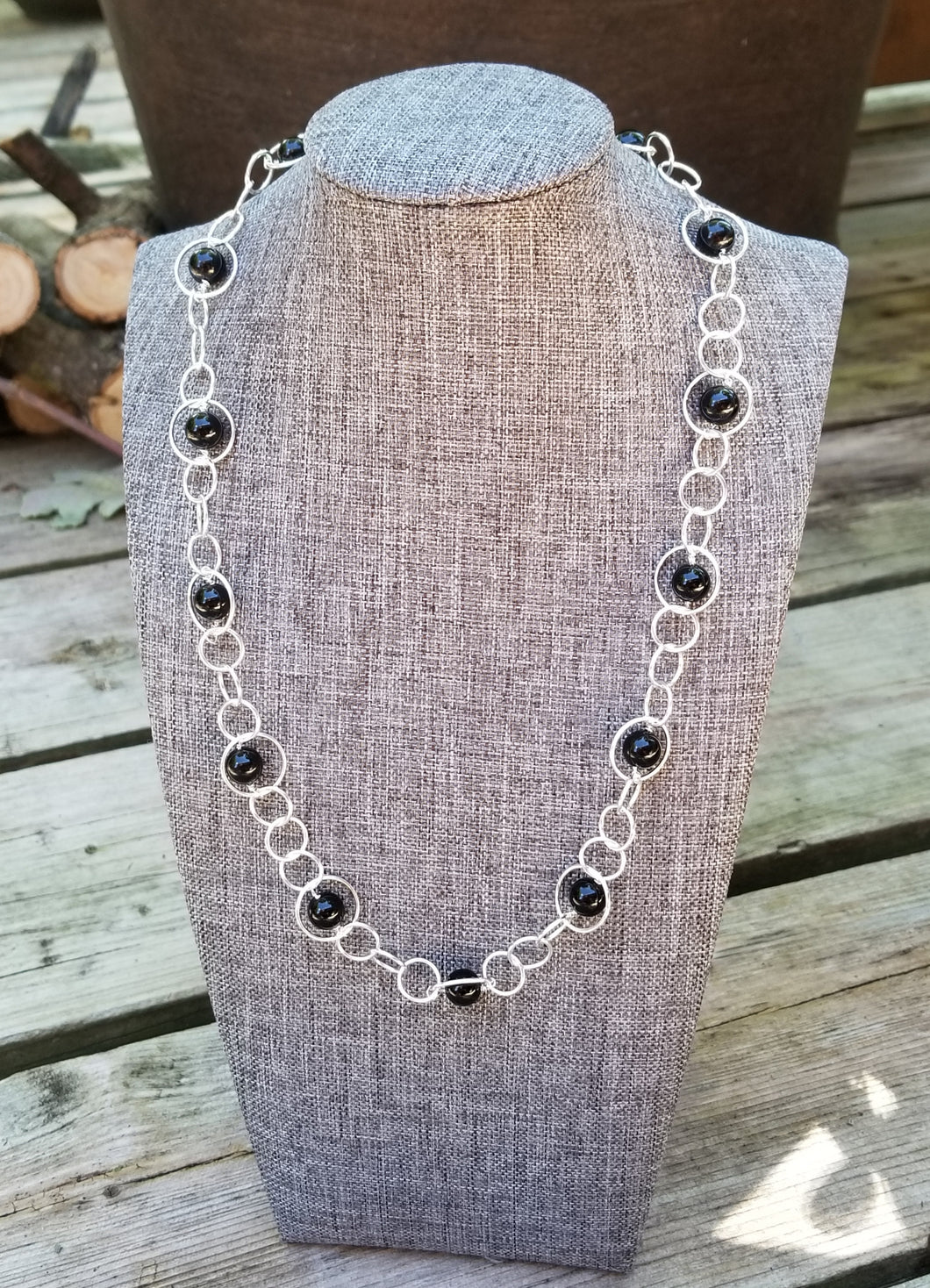 ENDLESS CIRCLE NECKLACE WITH BLACK TOURMALINE GEMSTONES