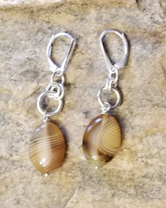 AUTUMN AGATE W/LEVER STYLE EAR CLOSURE