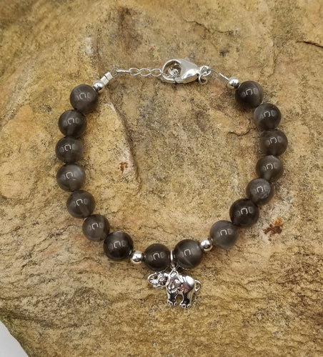 GREY MOONSTONE & STERLING SILVER BRACELET WITH ELEPHANT CHARM