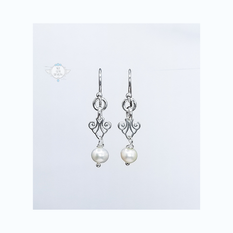 ART DECO CHIC SCROLL EARRINGS WITH FRESHWATER PEARL