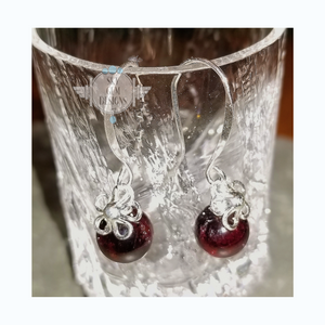 DAIZY EARRINGS WITH GARNET