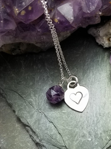 LOVE LETTERS HEART CHARM, HEART-STAMPED NECKLACE WITH AMETHYST