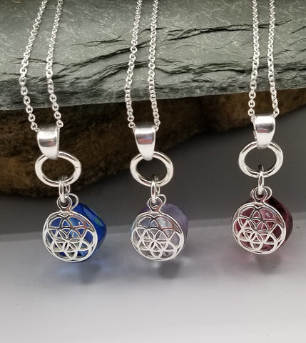 MURANO GLASS NECKLACE WITH FLOWER OF LIFE CHARM