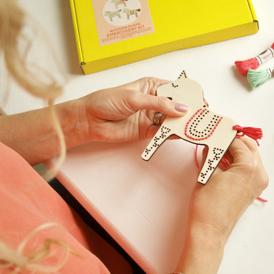 Dala Horses Embroidery Kit