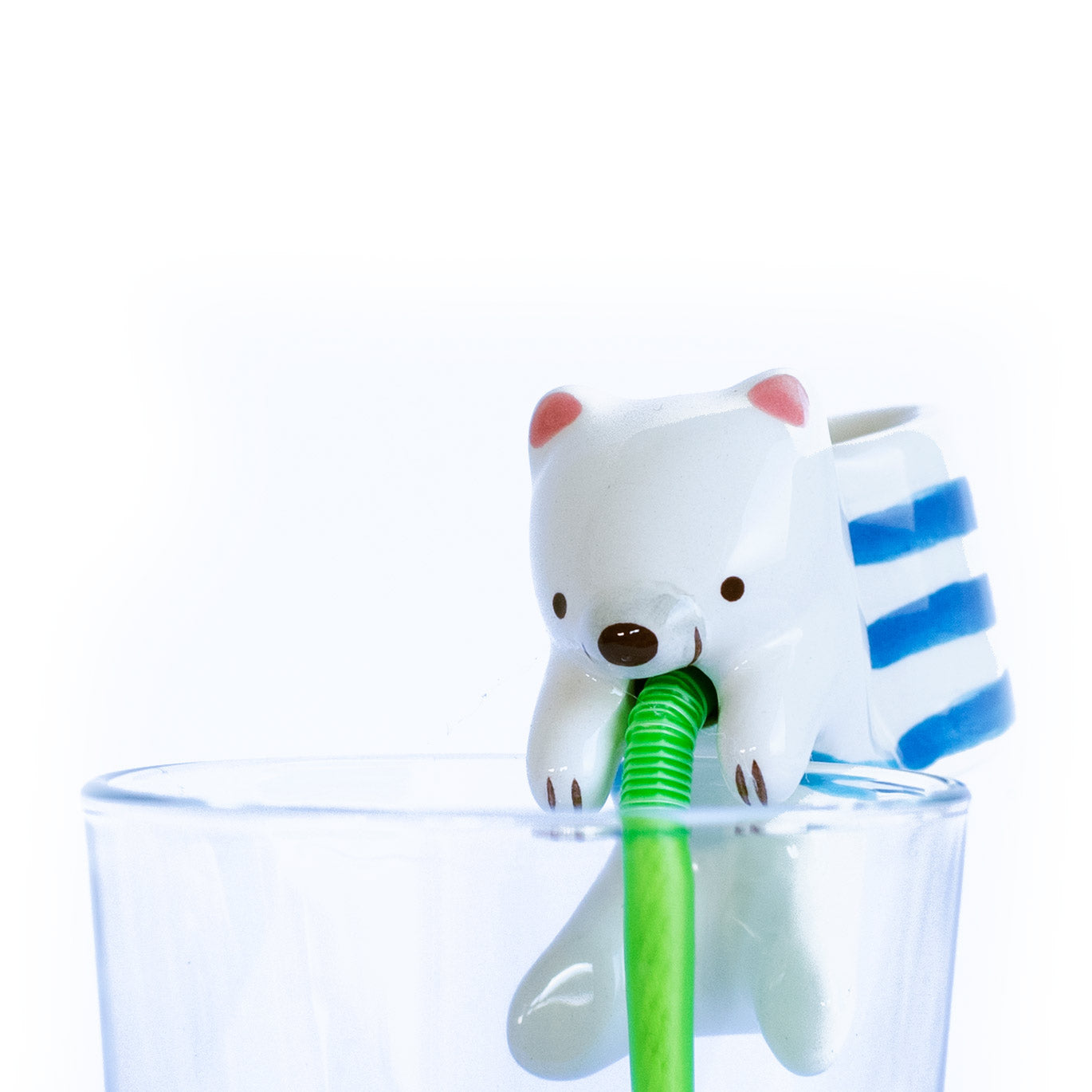 Chuppon Self Watering Polar Bear Peppermint Planter