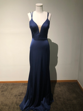 Load image into Gallery viewer, Faviana Size 6 Glamour Royal Blue Gown