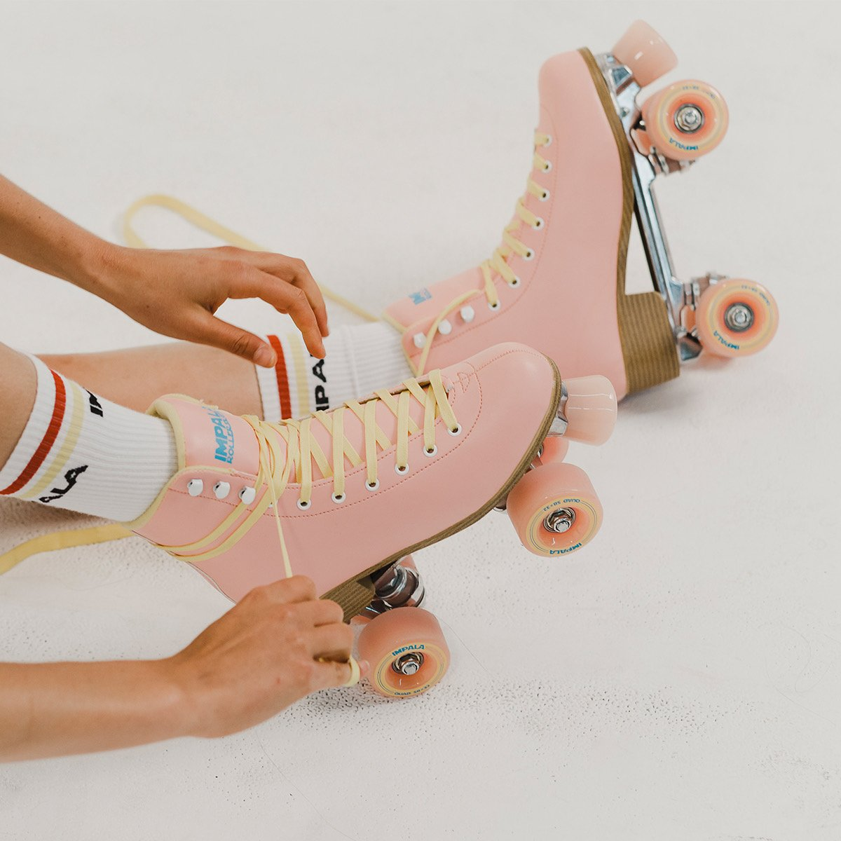 Womens Lace-Up Holographic Rollerskates