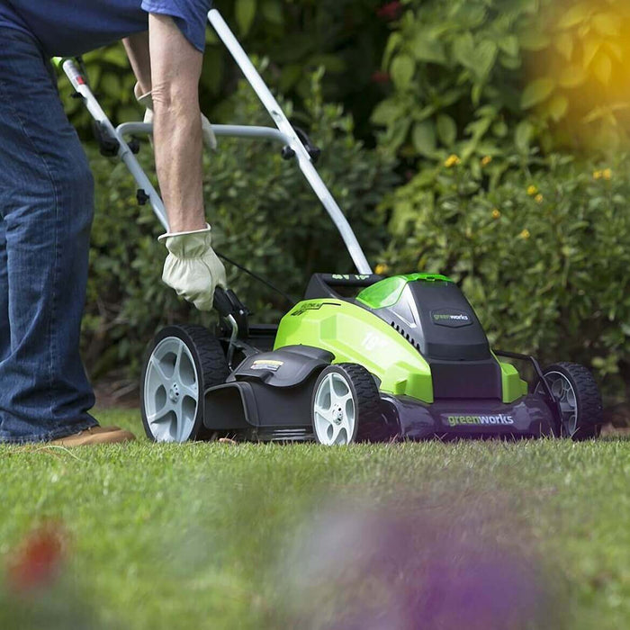 GreenWorks 25223 40-Volt 19-Inch Cordless Lithium-Ion Walk Behind Lawn Mower