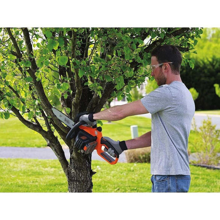 Black and Decker LCS1020 20-Volt 10-Inch Lithium-Ion Cordless Chainsaw