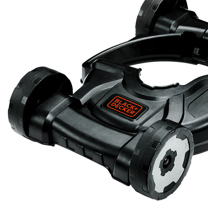 Zoom up of the front of the Black and Decker MTD100