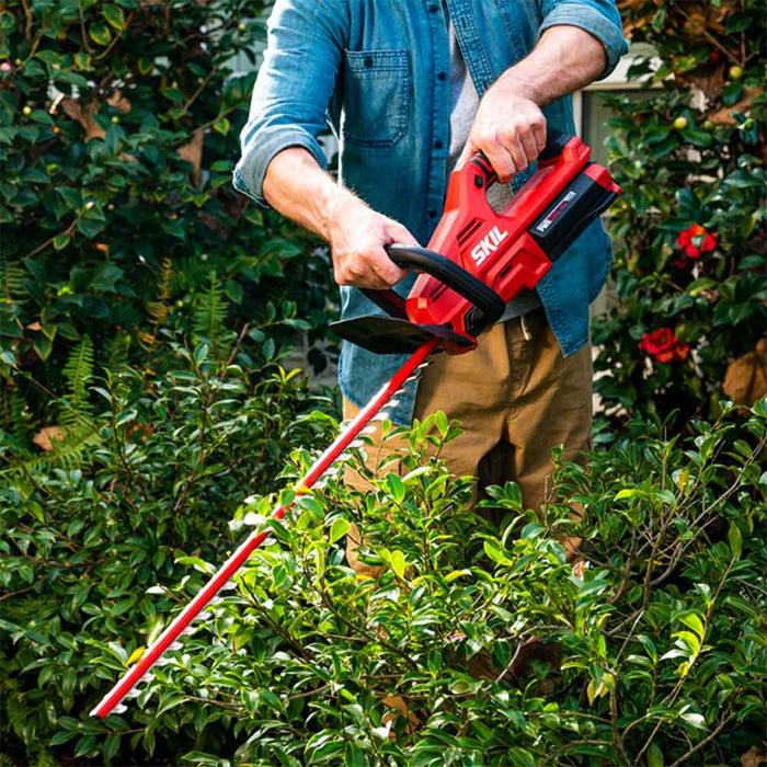 "Skil HT4221-10 40V PWRCore 24"" Cordless Brushless Hedge Trimmer Kit"