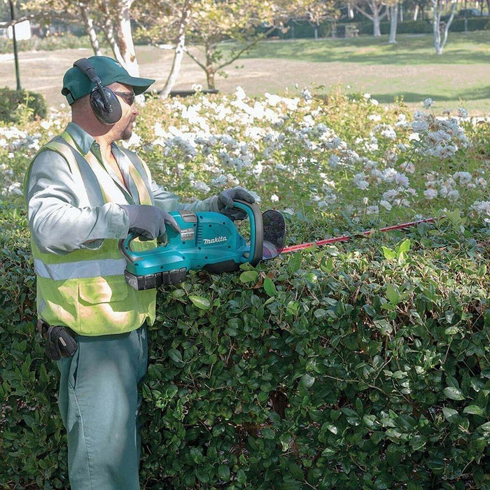 Makita X2 XHU04Z 18V LXT Lithium-Ion 36V Cordless Hedge Trimmer - Bare Tool