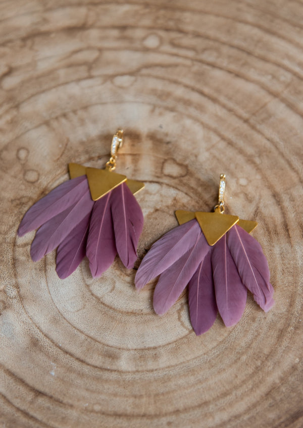 ARTEMIS DARK PINK FEATHER EARRINGS