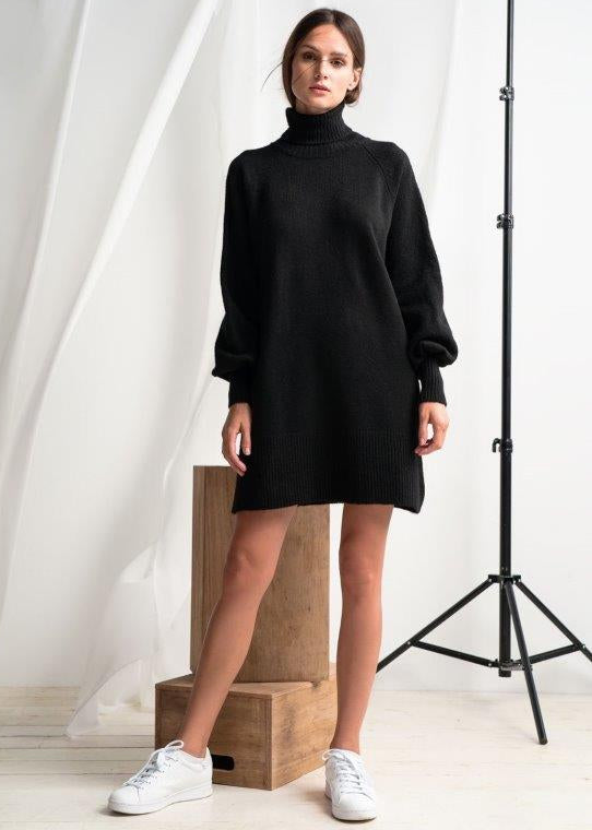 BLACK TURTLENECK OVERSIZED DRESS - JUSTBRAZIL