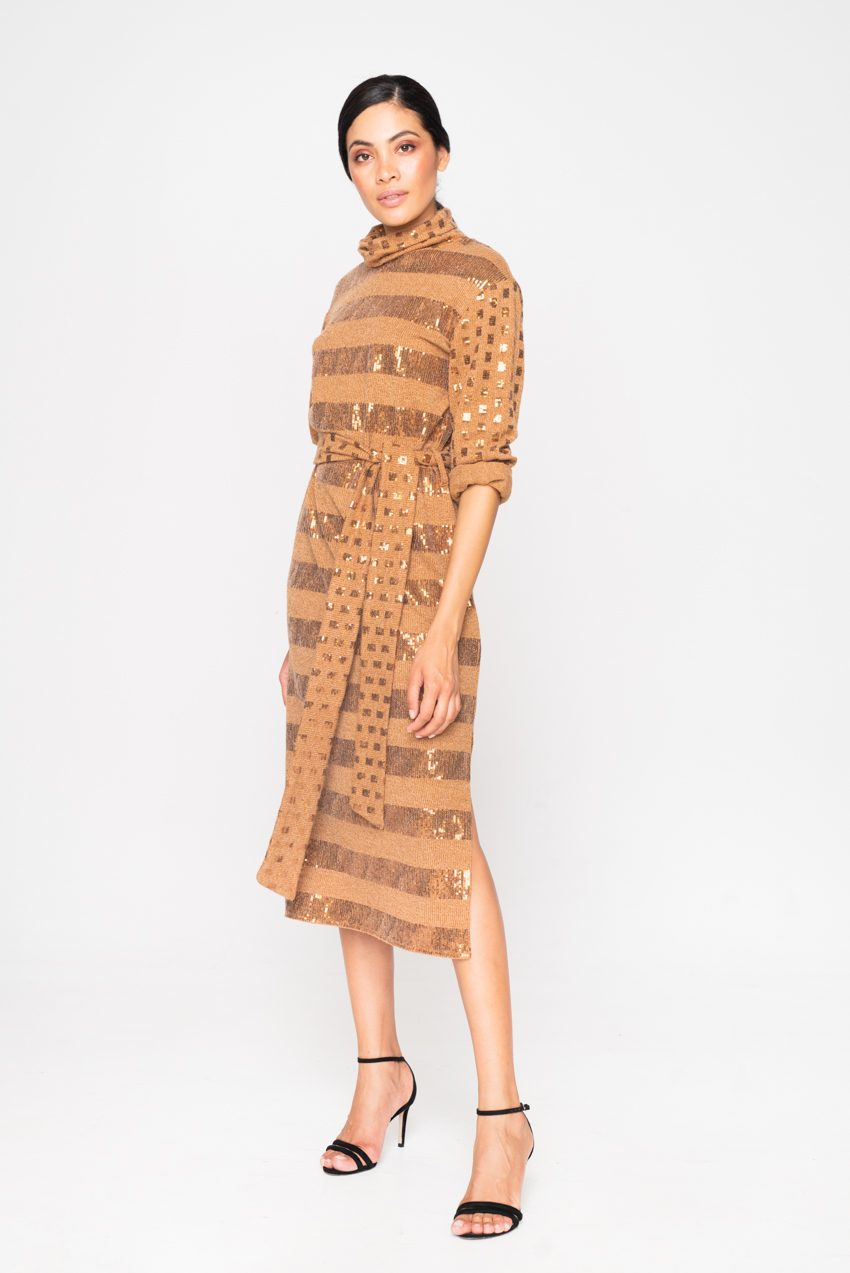 MIDI KNITTED SEQUIN CAMEL DRESS