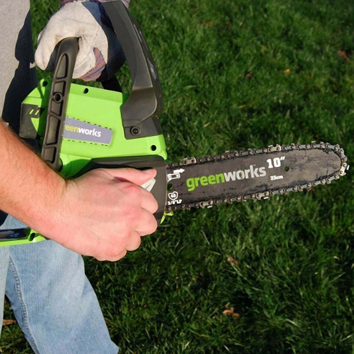 GreenWorks 20362 24-Volt 10-Inch 2.0Ah Tool-Less Cordless Chainsaw Kit