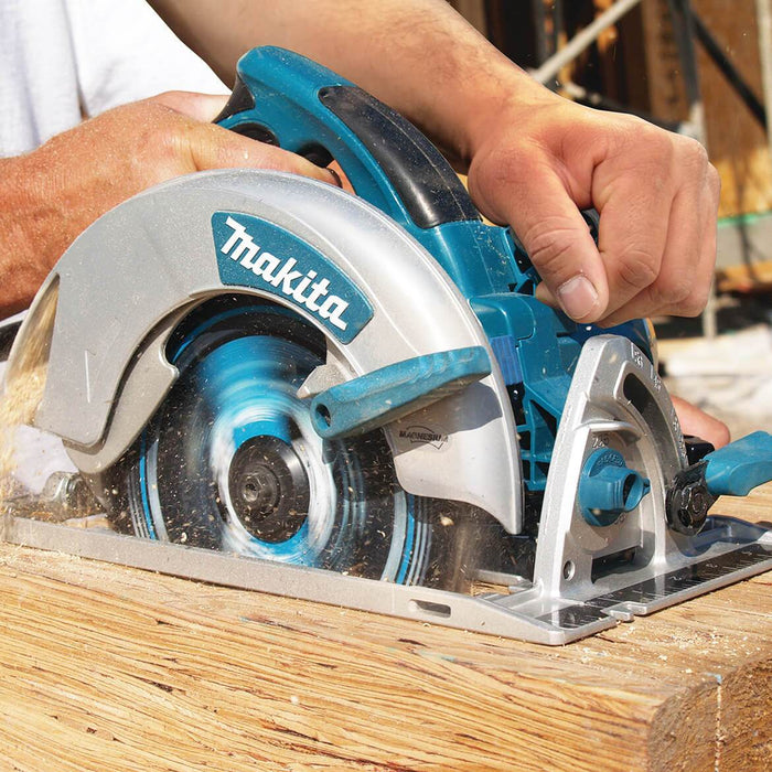 Makita 5007MG 120V 7-1/4 In Magnesium Circular Saw 5/8-In Arbor
