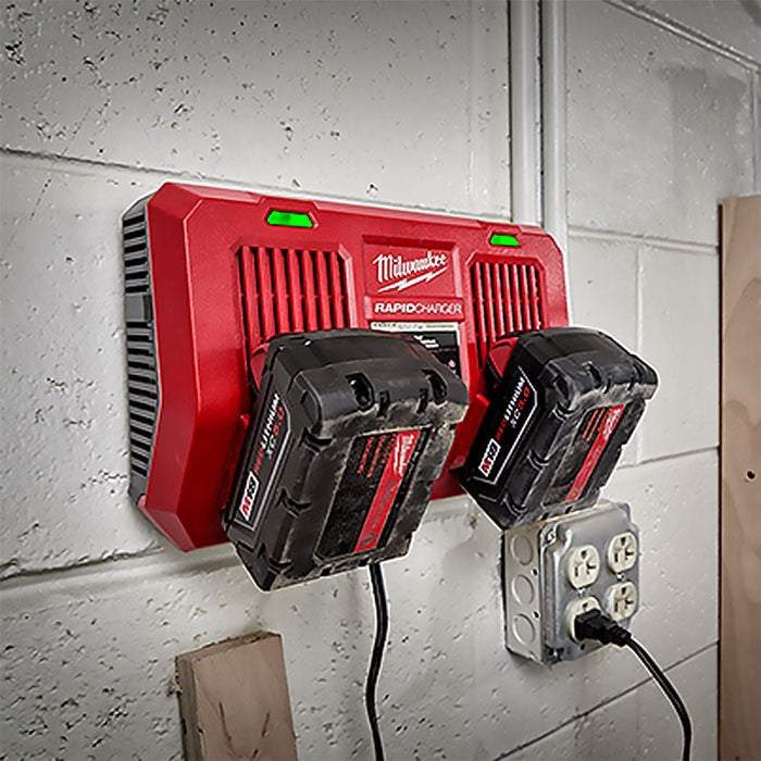Milwaukee 48-59-1802 REDLINK M18 Dual Bay Simultaneous Rapid Charger