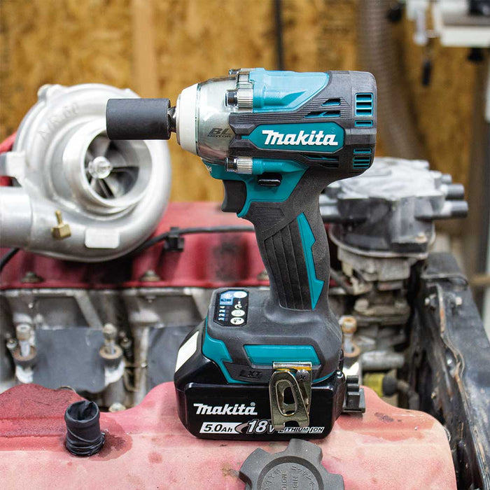 "Makita XWT15T 18V 1/2"" LXT Li-Ion Cordless Impact Wrench Kit w/ Detent Anvil"