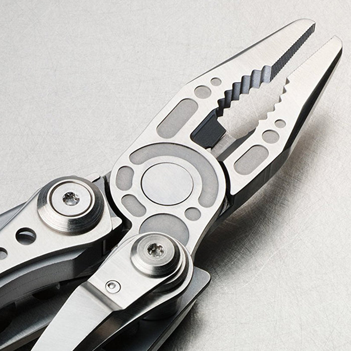 Leatherman Skeletool 7-Tool Multi-Purpose Multi-Tool, Stainless Steel - 830846